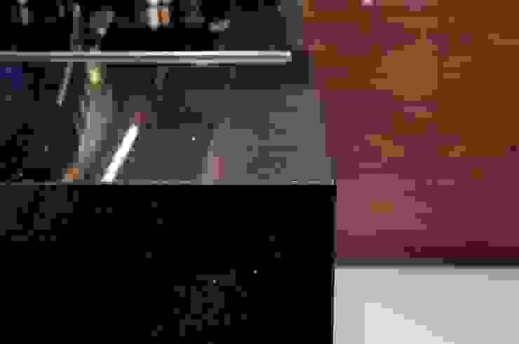 Obróbka prosta - faza i poler - GRANMAR Sp. z o. o. Nowoczesna kuchnia od GRANMAR Borowa Góra - granit, marmur, konglomerat kwarcowy Nowoczesny
