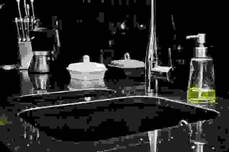 Zlew podwieszany, dwukomorowy - GRANMAR Sp. z o. o. Nowoczesna kuchnia od GRANMAR Borowa Góra - granit, marmur, konglomerat kwarcowy Nowoczesny