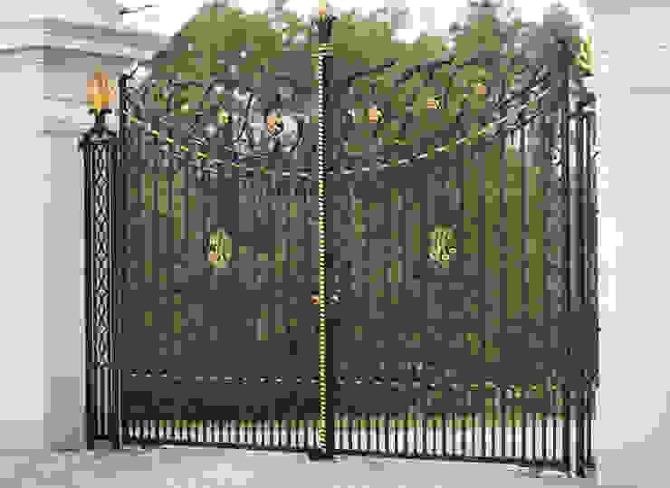Brama kuta - wzór G267 ALMET.com.pl od ALMET Kowalstwo Artystyczne Klasyczny