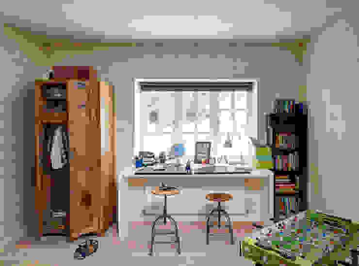 Kid's Bedroom Dormitorios infantiles de estilo moderno de homify Moderno