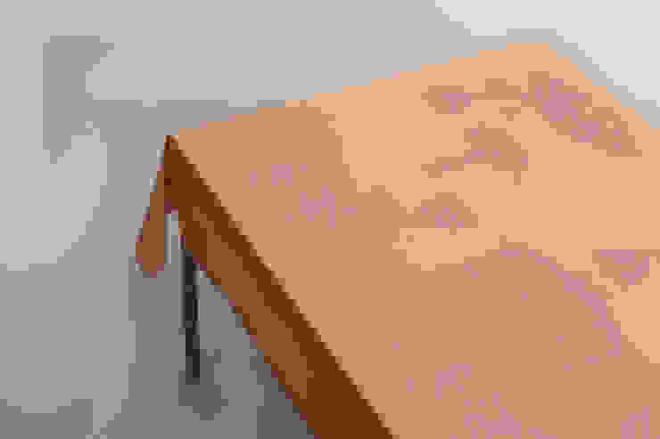 Tablecloth Night Table - Orange van Caro Heuts Scandinavisch