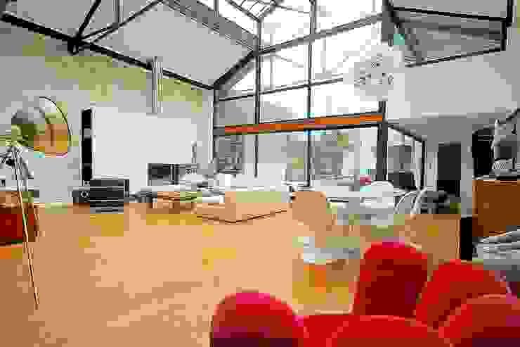 Transformation ferronnerie en maison de ville Salle à manger moderne par Selig&Renault Moderne