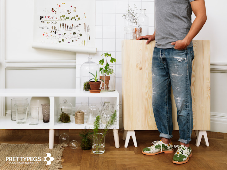 Shoe your storage furniture with Prettypegs!: scandinavian  by Prettypegs, Scandinavian