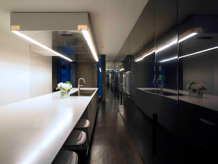 Apartment 60 Mackay + Partners Modern kitchen