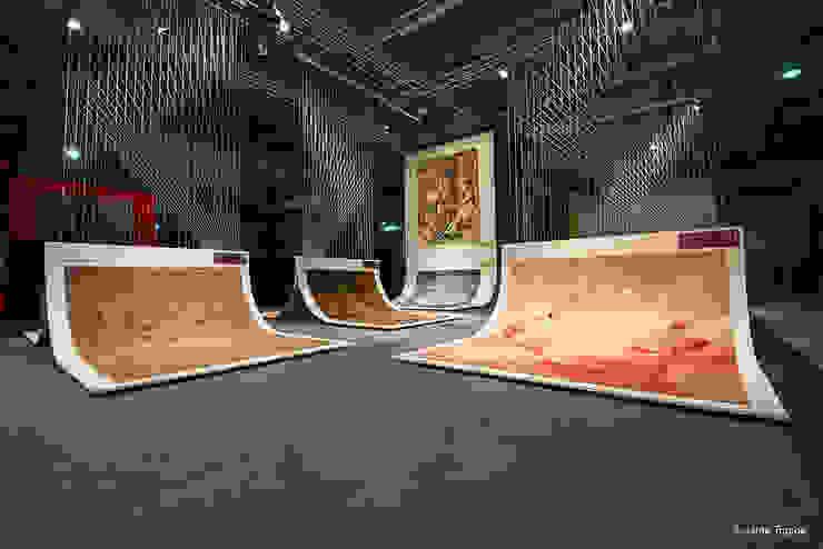 homify Modern exhibition centres