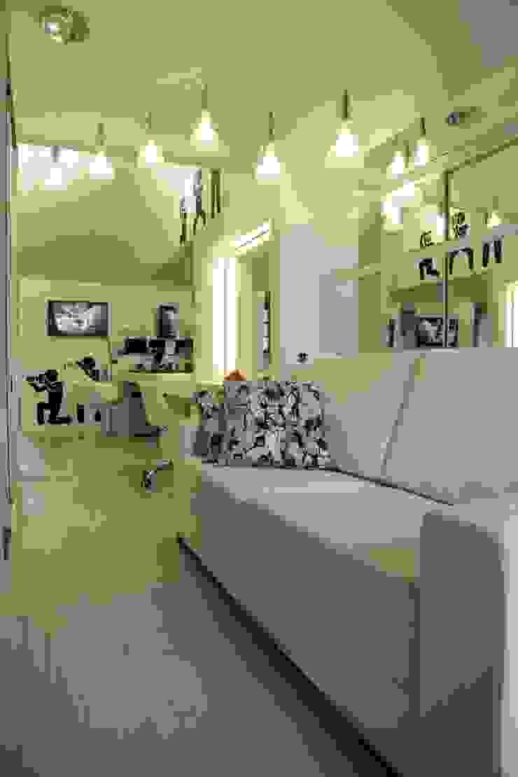 Estúdio Y Espaços comerciais modernos por Kali Arquitetura Moderno