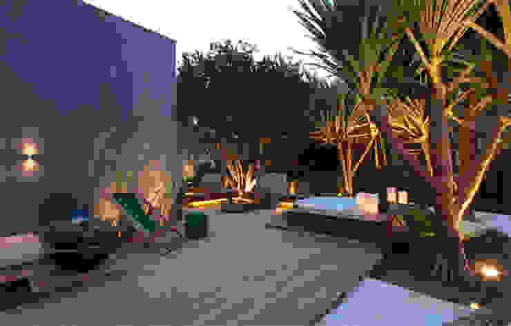Jardin moderne par ricardo pessuto paisagismo Moderne
