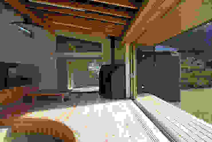 茶畑の家 カントリーデザインの リビング の 原 空間工作所 HARA Urban Space Factory カントリー