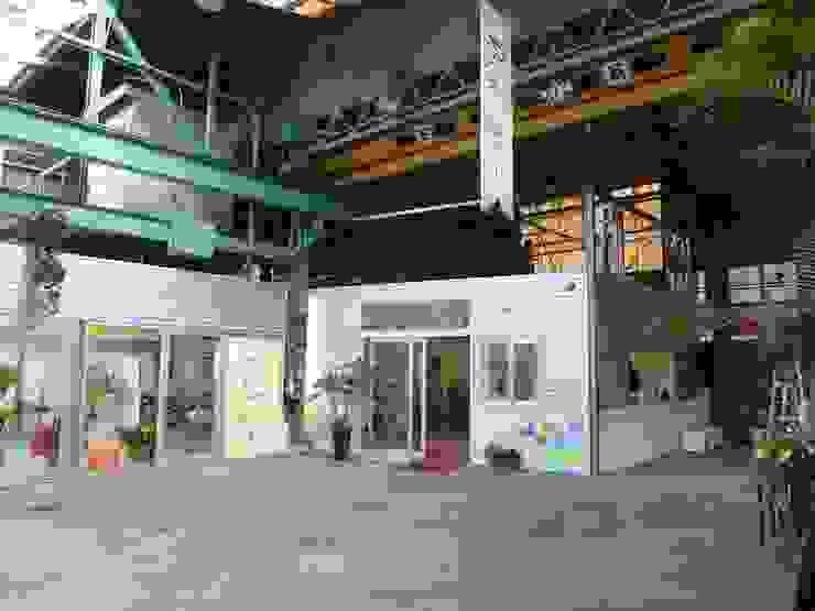 町工場をコンバージョンした美容院 アーテック・にしかわ/アーテック一級建築士事務所 オリジナルな商業空間