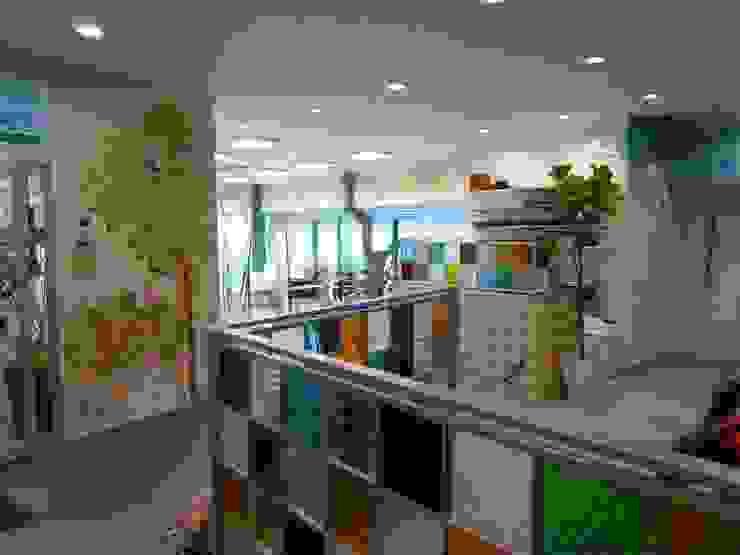 ウォールペインティング(ロゴ) オリジナルな商業空間 の アーテック・にしかわ/アーテック一級建築士事務所 オリジナル