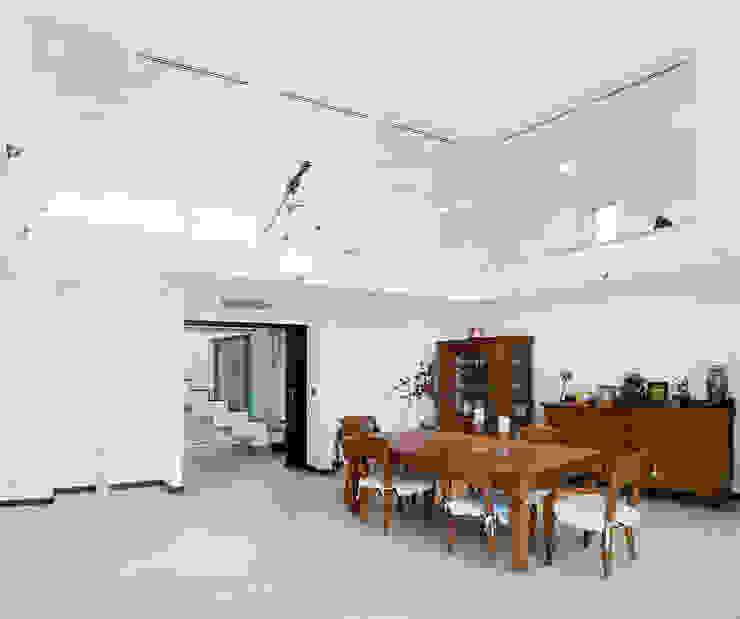 Casa Sanchez Comedores de estilo ecléctico de TOV.ARQ Estudio de Arquitectura y Urbanismo Ecléctico