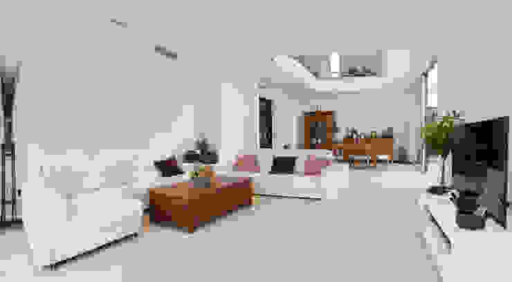 Casa Sanchez Salones de estilo minimalista de TOV.ARQ Estudio de Arquitectura y Urbanismo Minimalista