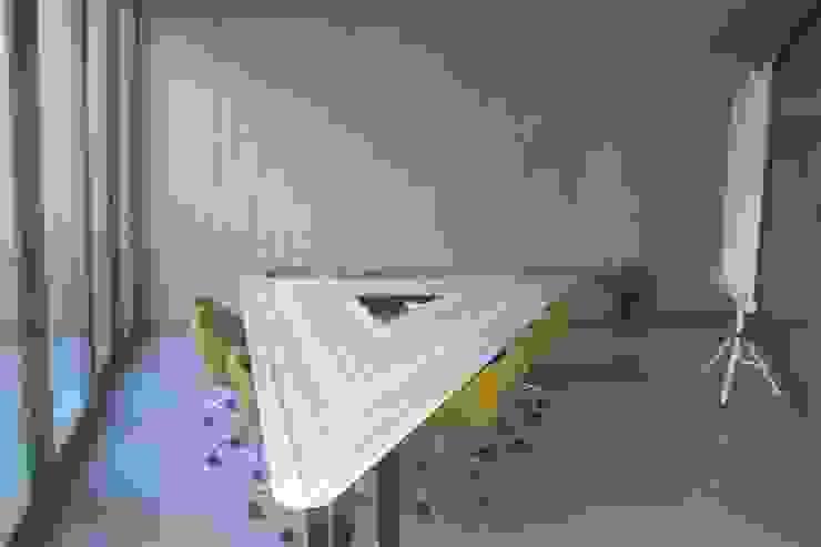 AÇAR MOBİLYA DEKORASYON – Toplantı Masası:  tarz Ofis Alanları & Mağazalar,