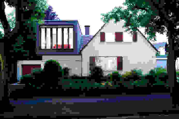 Nowoczesne domy od Oliver Keuper Architekt BDA Nowoczesny