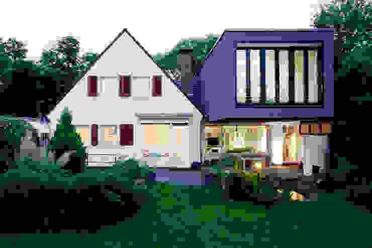 Casas modernas de Oliver Keuper Architekt BDA Moderno