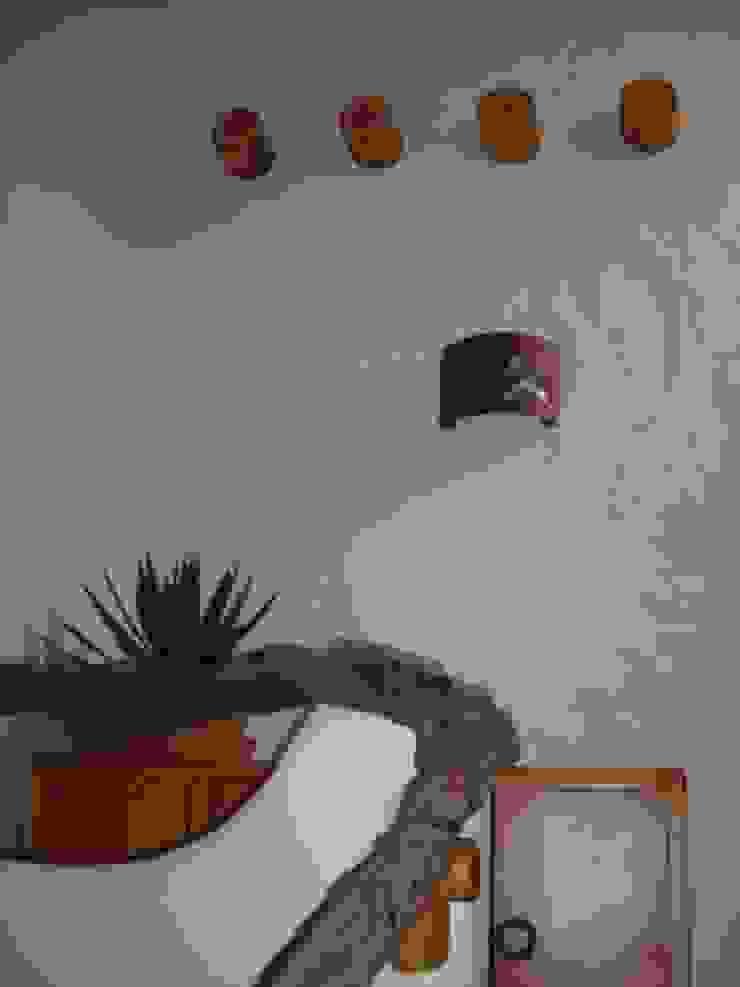 Detalle en pasillos Pasillos, vestíbulos y escaleras mediterráneos de Cenquizqui Mediterráneo
