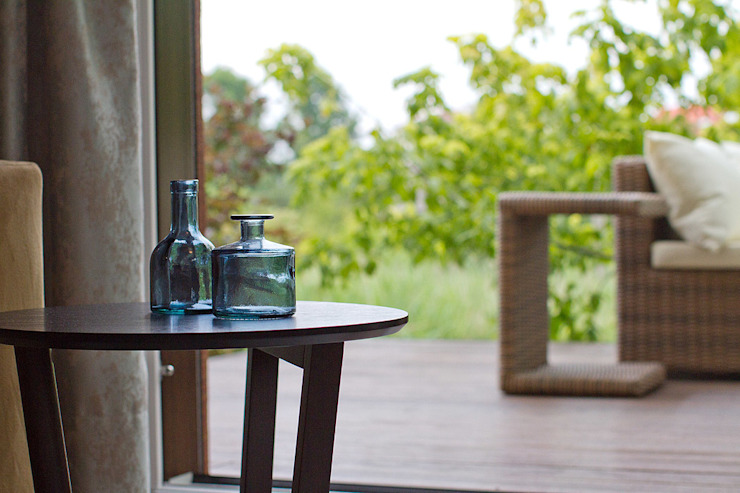 anna jaje Modern style balcony, porch & terrace
