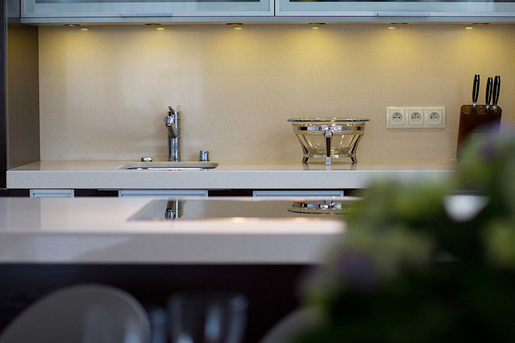 anna jaje Modern style kitchen