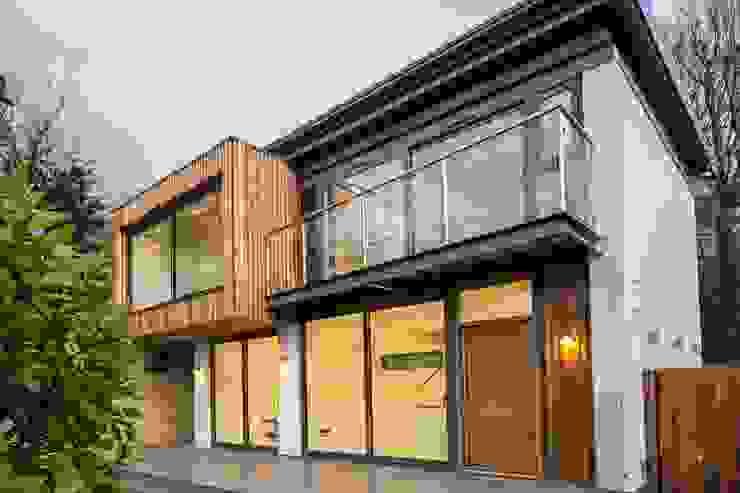 Riverdale road sheffield: modern  by Whitshaw Builders LTD, Modern