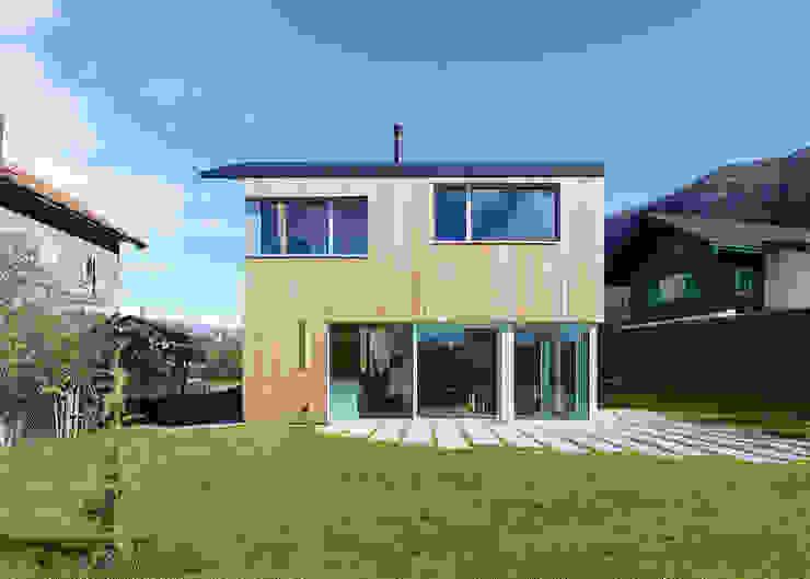 MMR _ maison à réchy Maisons modernes par évéquoz ferreira architectes Moderne