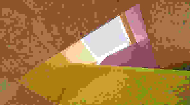 MMR _ maison à réchy Couloir, entrée, escaliers modernes par évéquoz ferreira architectes Moderne