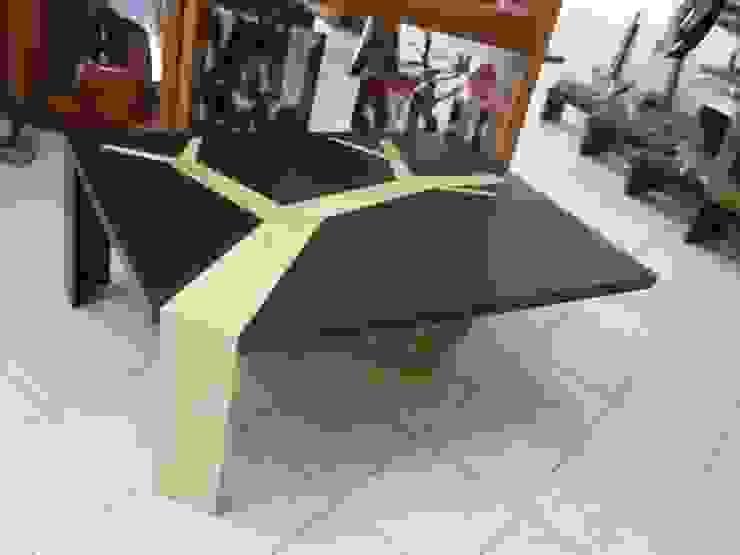 Mesa de Centro:  de estilo  por Cenquizqui, Rústico