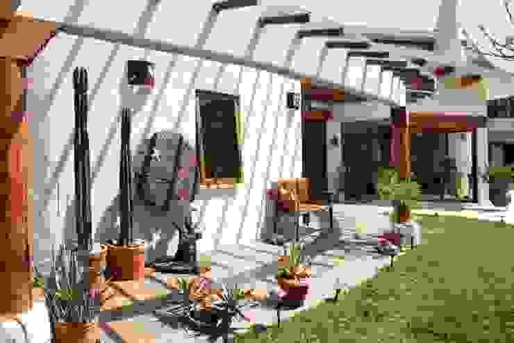 Cenquizqui Interior landscaping