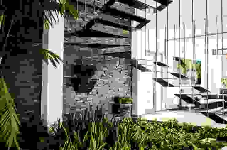 Modern corridor, hallway & stairs by ARKOT arquitectura + construcción Modern