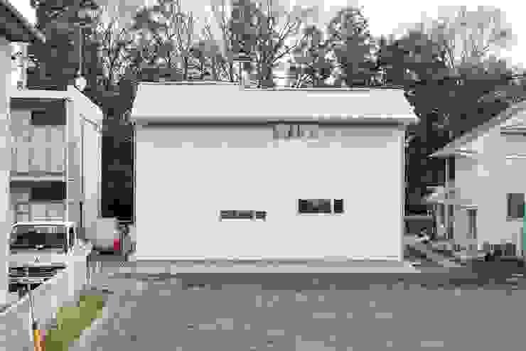 シンプル外観 アトリエdoor一級建築士事務所 モダンな 家
