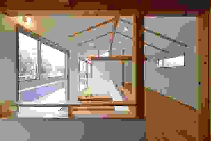 子供部屋のエリア アトリエdoor一級建築士事務所 モダンデザインの 子供部屋