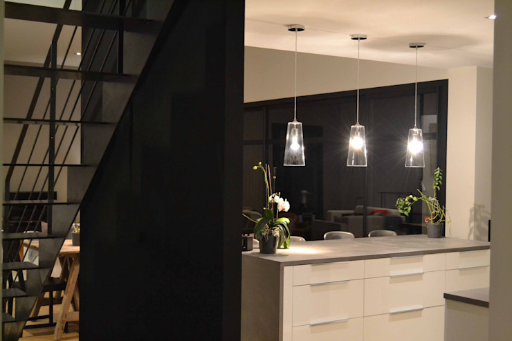 Minimalist kitchen by Courants Libres Minimalist