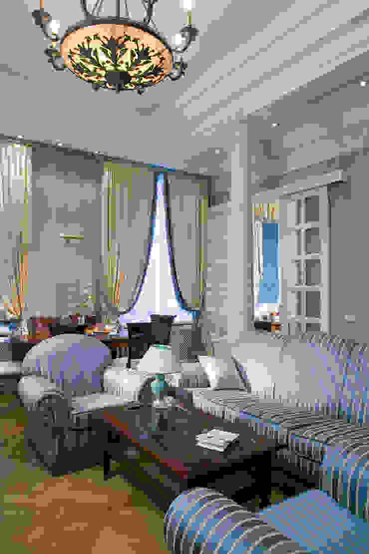 Квартира в классическом стиле Гостиная в классическом стиле от Fusion Design Классический