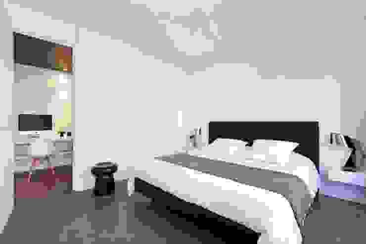 Un appartement qui respire - La suite parentale Chambre minimaliste par a-sh Minimaliste