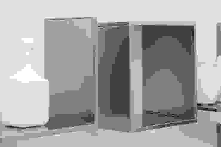 Sistema attacco mensole magnetiche di Ronda Design Moderno