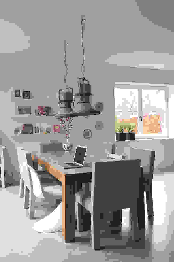 eettafel Moderne keukens van Boks architectuur Modern