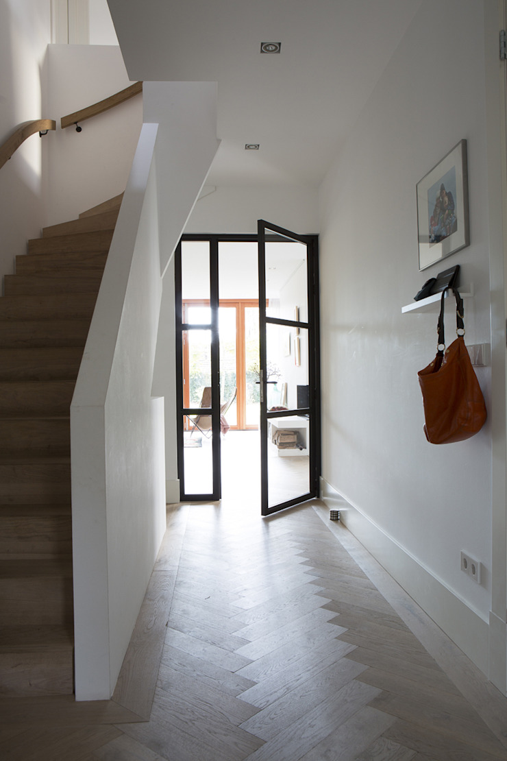 Boks architectuur Modern corridor, hallway & stairs