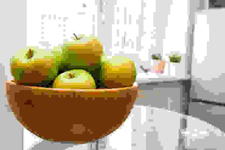 L'Essenziale Home Designs KitchenCutlery, crockery & glassware