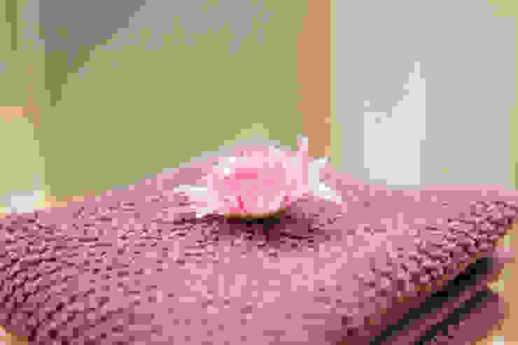 L'Essenziale Home Designs BathroomFittings