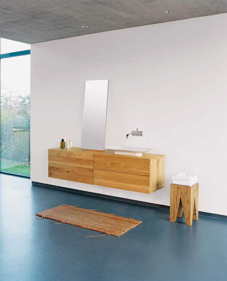 Side table BACKENZAHN Modern Bathroom by e15 Modern