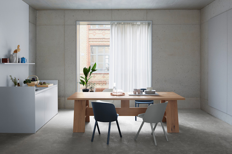 Table FAYLAND Modern Kitchen by e15 Modern