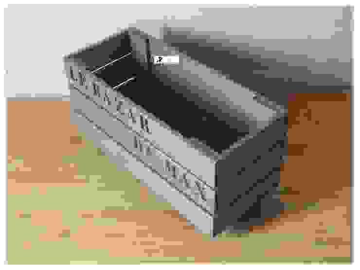 Caisses de rangement en bois de palette. par La Fée rabote Moderne