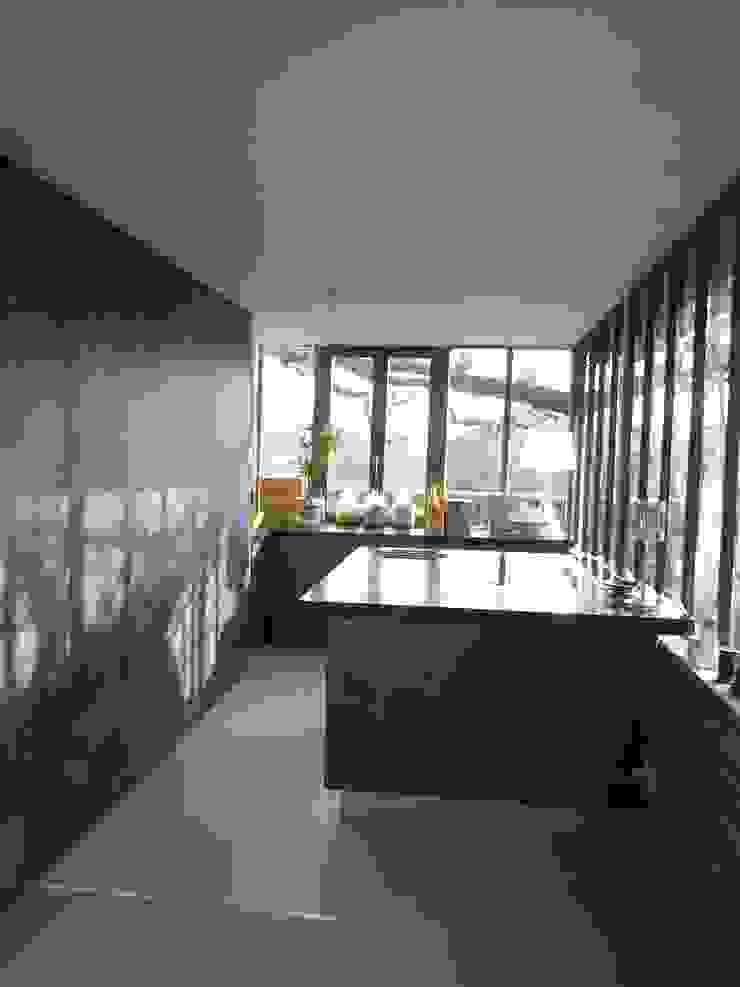 cuisine fermée par Claudie Soyer Moderne