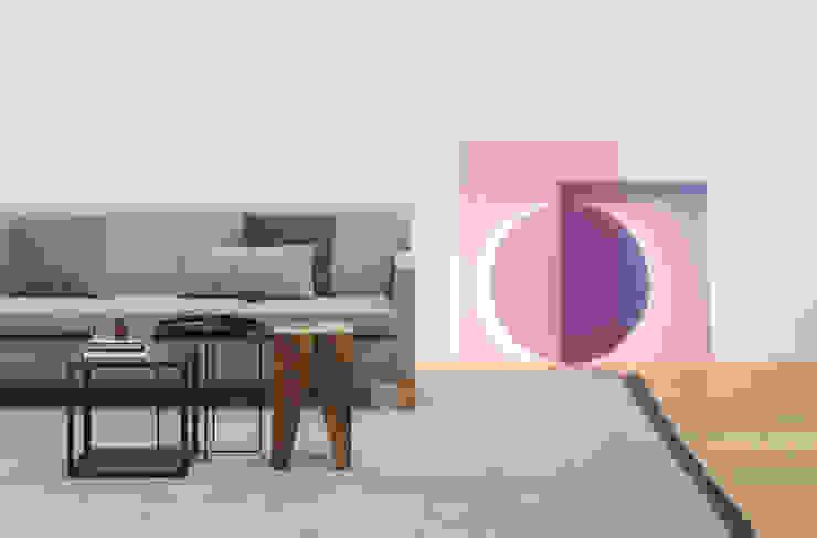 Floor light COLOUR Salon moderne par e15 Moderne