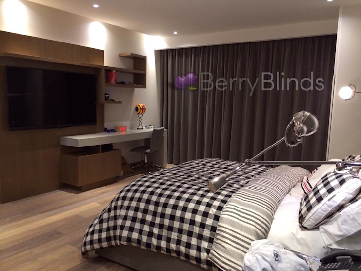 CORTINA BLACKOUT de BERRY BLINDS INTERIORISMO Moderno