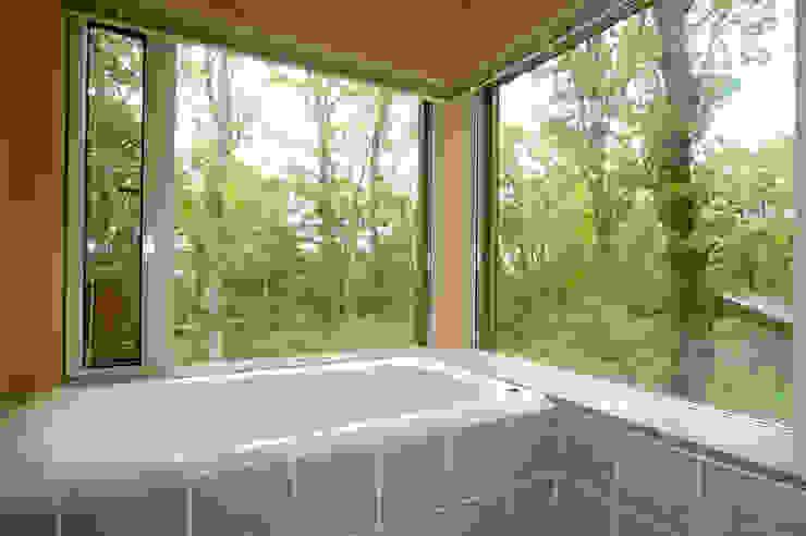 浴室: space craftが手掛けた浴室です。,オリジナル 木 木目調