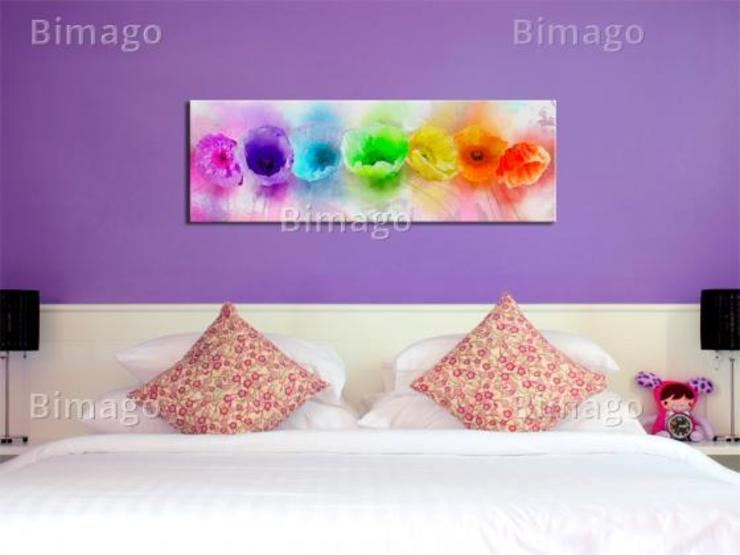 Rainbow-hued poppies de BIMAGO Moderno