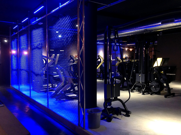 Romano Baratta Lighting Studio Industrial style gym