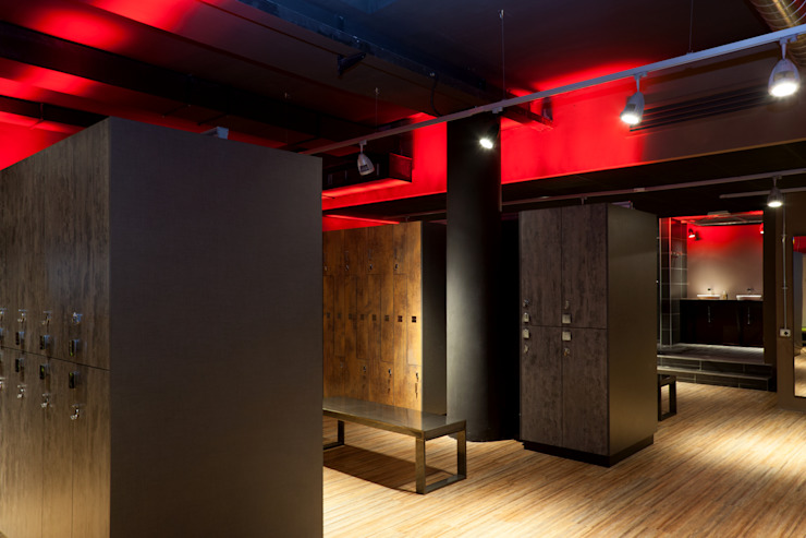 Romano Baratta Lighting Studio Industrial style dressing room
