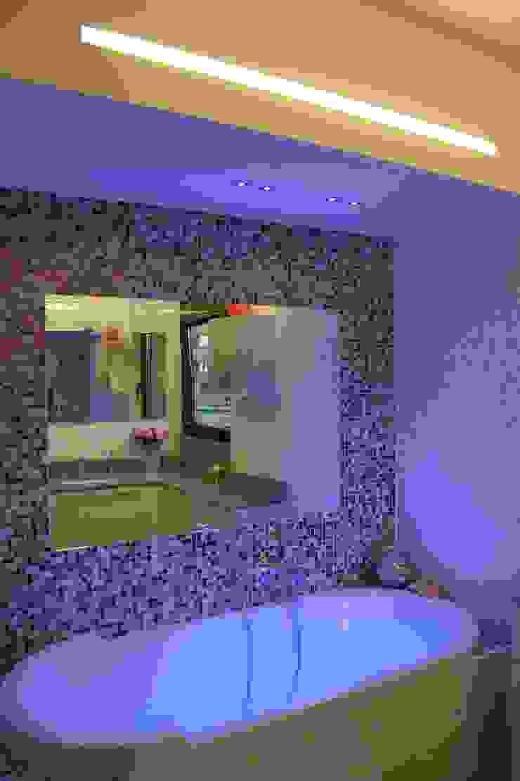 Romano Baratta Lighting Studio Modern Bathroom
