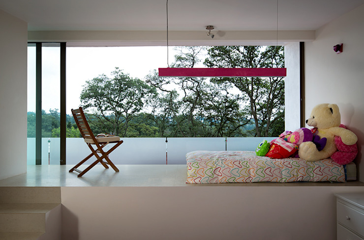 Bedroom by MICHEAS ARQUITECTOS